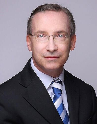 Dr Simon Carlino